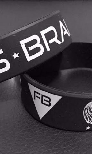 FITNESS BRAND BRACELET - BLACK. ACCESSORIES 5,00 €